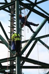 Távközlési_torony_kötéltechnika